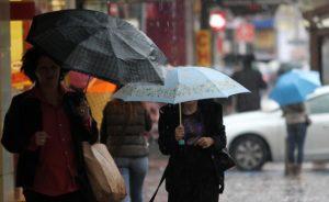 Оранжев код за валежи е обявен за шест области