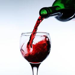 Тази зима ще пием по-скъпо вино и ракия