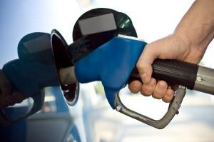 Мамят ни с фалшив бензин