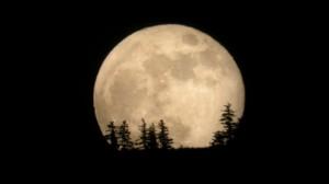 Ще наблюдаваме Супер луна през септември