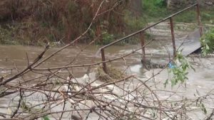 Общини бедстват след дъждовете през изминалата нощ