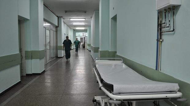 ecea21507bf Момиченце на 2 години и 6 месеца от пловдивското село Чешнигирово е било  прието в инфекциозната клиника с усложнения, настъпили от вирусното  заболяване, ...