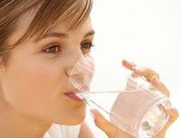 Начина по който държите чаша с вода, показва вашия характер