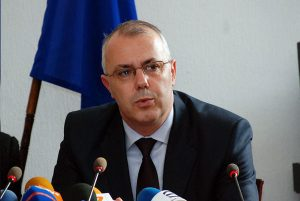 Вътрешният министър хвърли оставка