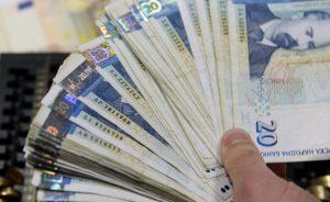 Колекторските фирми имат да събират близо 1 млрд. лева от българите
